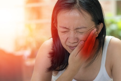 jaw joint pain